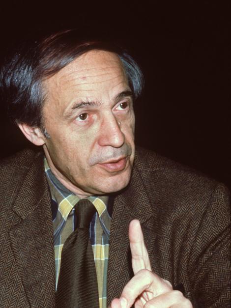 <b>Pierre Boulez</b> (1979)   Bildquelle: picture-alliance/dpa - pierre-boulez-100~_h-627_v-img__3__4__brkl_w-470_-d9610b74b6138446d8bd91d266c7caf3631fc665