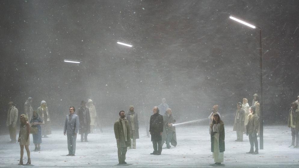 Bildergebnis für staatsoper berlin violetter schnee