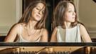 Klavierduo Ani und Nia Sulkhanishvili | Bild: © Christoph Schumacher / dunkelweiss GmbH