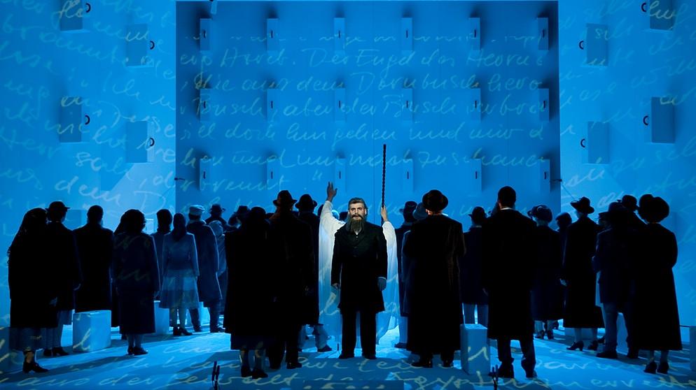 Moise et Pharaon - Staatstheater Nürnberg 2010   Bildquelle: © Ludwig Olah
