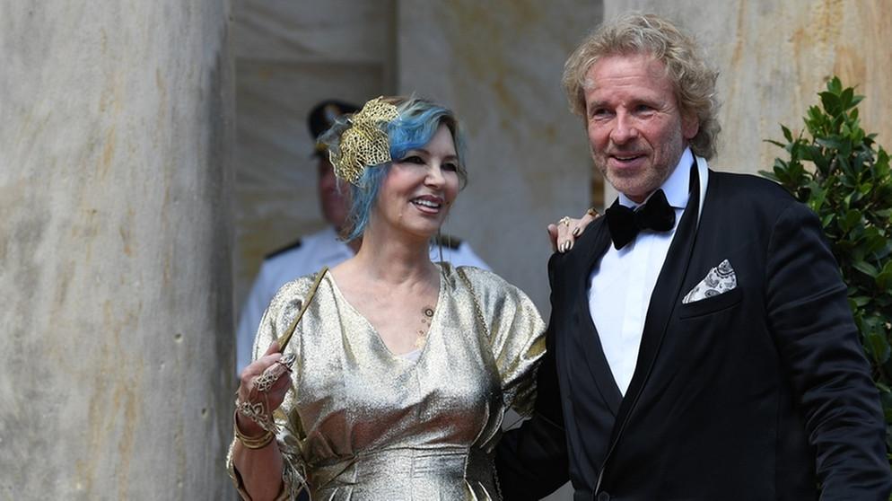 Grüner teppich br  Bayreuther Festspiele 2018: Aufmarsch der Promis auf dem Roten ...