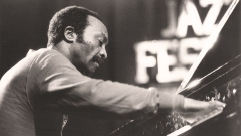 bestbewertet sehr günstig autorisierte Website Zum Tod des Free-Jazz-Revolutionärs Cecil Taylor: Marathon ...
