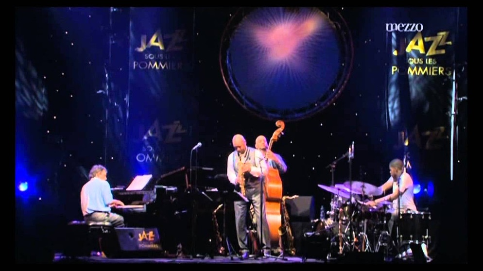 Branford Marsalis Quartet - The Last Goodbye - Jazz sous les Pommiers 2009 | Bildquelle: Michele Galmozzi (via YouTube)