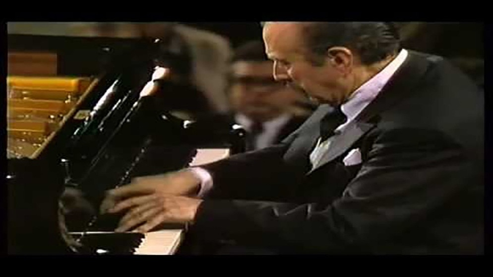 Arrau Bernstein Beethoven Piano Concerto No. 4 | Bildquelle: Farookhq17 (via YouTube)