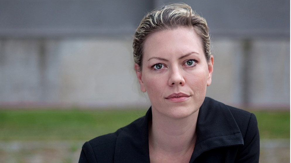 Die Opernregisseurin Eva-Maria Höckmayr   Bildquelle: Martin Baumgartner