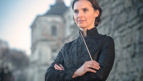 Dirigentin Oksana Lyniv | Bild: © Oleg Pavlyuchenkiy
